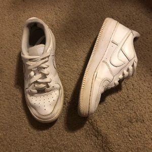 Nike Air Force ones Size: 6